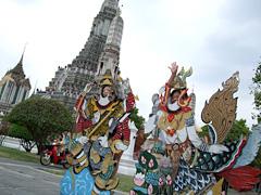 タイにもこういうパネルあるんですね。。。